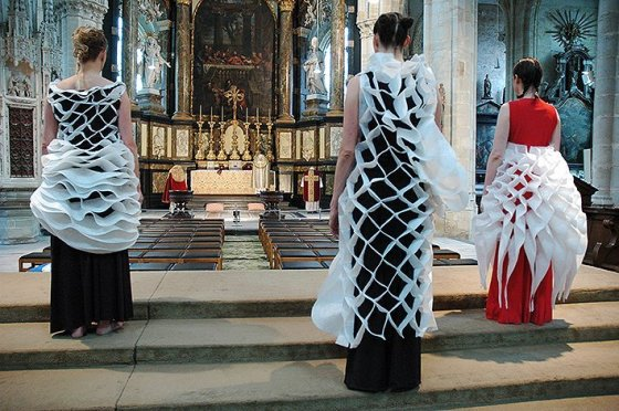 ' Het orgelt ', 2009, dansperformance Pé Vermeersch, België.