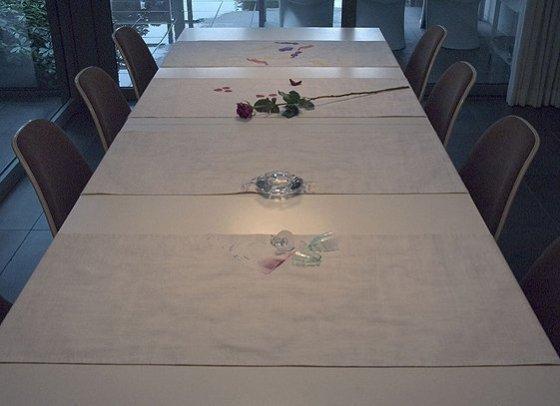 Tabletalk, 2003, 4 tafellopers, katoen, digitaal geprint, Kunst op kamers, De Rijp, Nederland